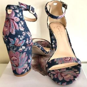 5542b48b83 Jessica Simpson Shoes - NIB Jessica Simpson Monrae Block Heel Sandals
